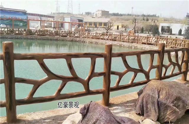 河源仿木水泥栏杆,广东水泥仿木护栏,韶光鱼塘仿木围栏