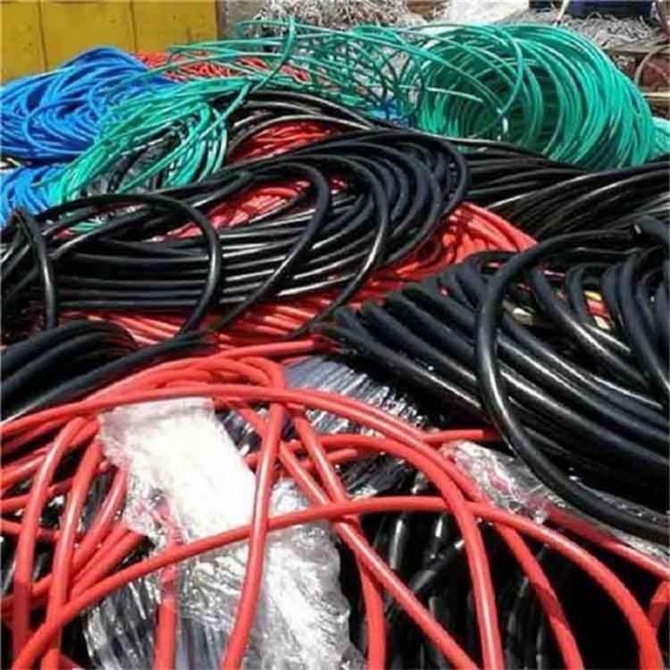 肇庆广宁县报废电缆回收//回收150平方电缆//高价回收